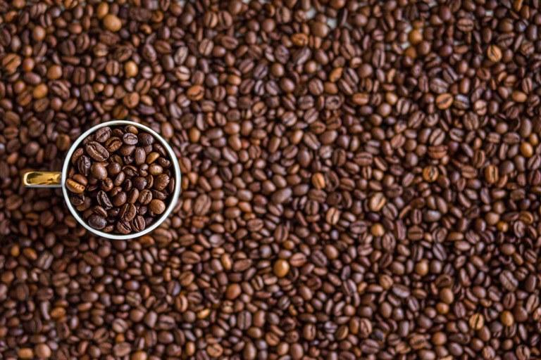beans-beverage-caffeine-34079.jpg