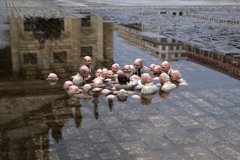 Isaac Cordal – Follow the Leaders