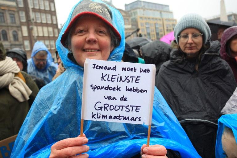 Kleinste spandoek Klimaatmars